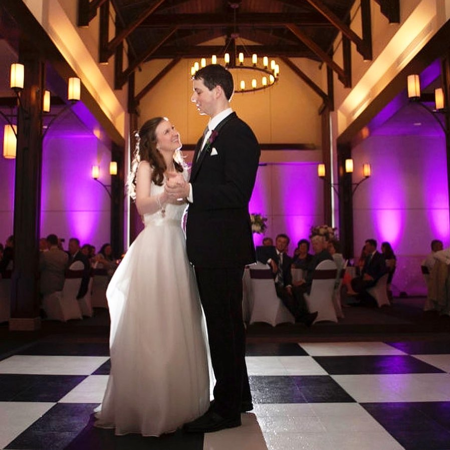 The Black and White Slate style SnapLock Dance Floor looks very classy at this wedding.