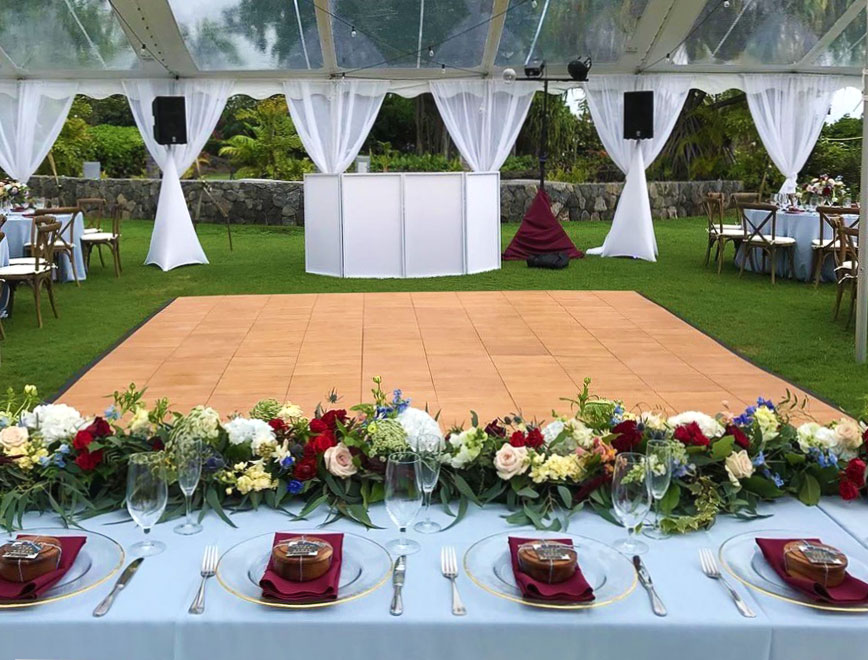 Maple XL dance floor at an outdoor wedding